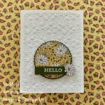 By Su Mohr for CAS(E) this sketch; Click READ or VISIT to go to my blog for details! Featuring: Ornate Floral embossing, Ornate Layers Dies, Ornate Garden DSP, Layering Circles Dies; #friendshipcards #hellocards #ornatefloralembossing #heatembossing #circlesoncards #cardsketches #ornatelayers #ornategarden #handmadecards #handcrafted #diy #cardmaking #papercrafting #daisies #daisiesoncards